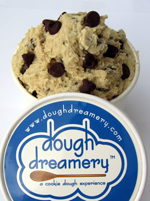 chocolate-chip-cookie-dough-and-lid